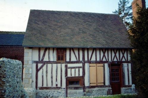 """Maison dite""""Cauchois"""". Ancienne ferme de la fin du XVIIe siècle"""